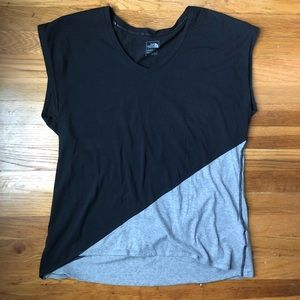 The North Face Nueva colorblock athletic t shirt